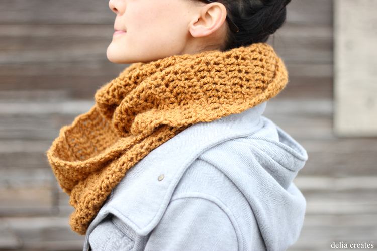 double-crochet-infinity-scarf-13-of-49