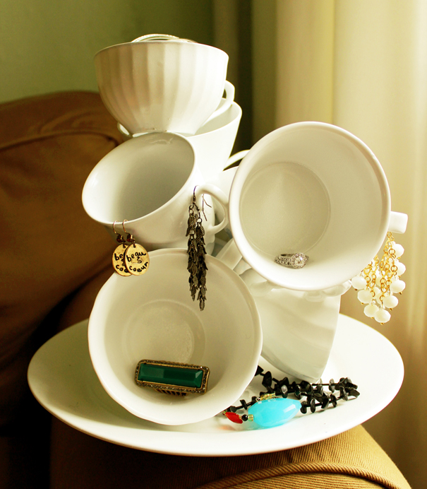 DIY Teacup Jewelry Sculpture